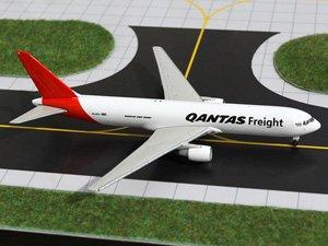 GeminiJets 1:400 Qantas Freight 767-300F (VH-EFR) (Vh Qantas)