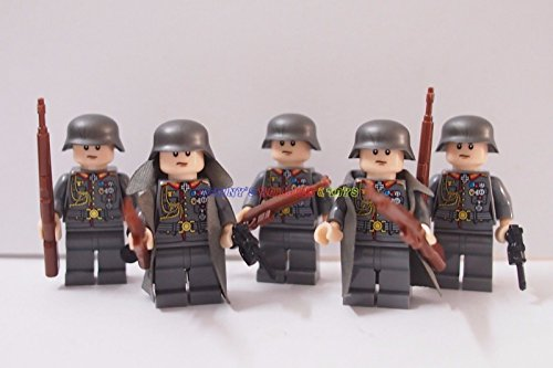 [German Minifigures Infantry Soldier with Weapon] (Classic Jason Costume)
