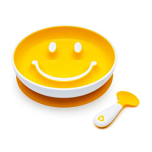 Munchkin Smile 'n Scoop Suction Training Plate and Spoon Set, Yellow