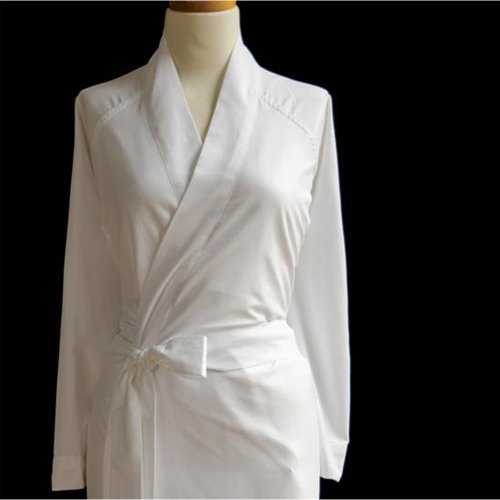 Sposh Microfiber Robe (White, One Size) by Sposh (Texere Silk Robe)