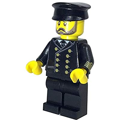 Brick Loot Captain Titanic - I.C. Berg Custom Minifigure - Limited First Edition: Toys & Games