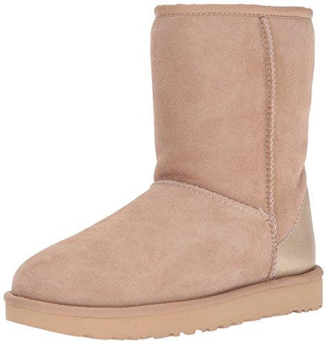 Winter Drift Shoe (UGG Women's Classic Short II Metallic Winter Boot,Driftwood,7 M US)