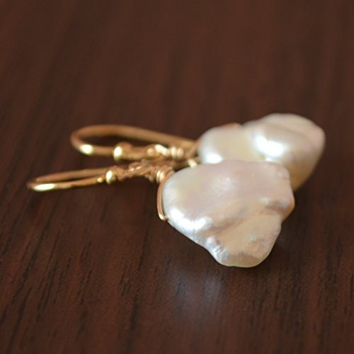 Simple White Keshi Pearl Earrings in Gold