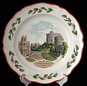 Wedgwood Christmas Plate Queen's Ware 1980