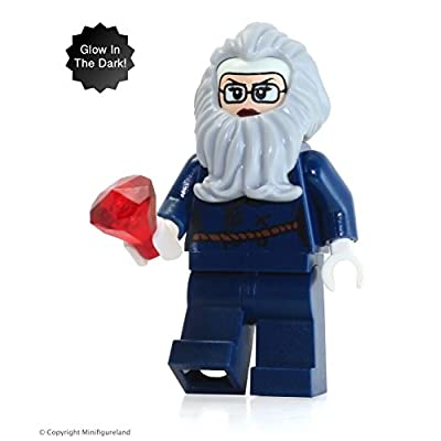 LEGO Scooby Doo MiniFigure - Lighthouse Keeper / Verona Dempsey  (From Set 75903): Toys & Games