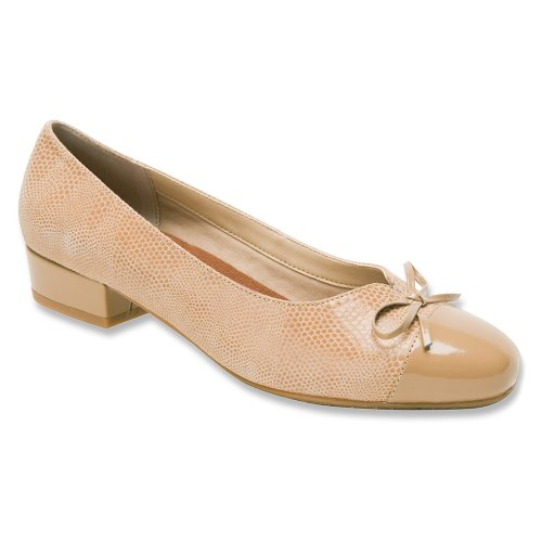Ros Hommerson Women's Tawnie Pump Nude new arrival online largest supplier cheap price manchester great sale for sale fNl6zRly