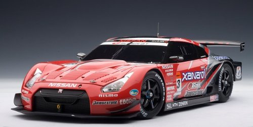 (Nissan GT-R Racing Super GT 2008 Launch Version Diecast Model Car in 1:18 Scale by AUTOart)