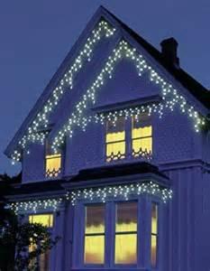 Christmas light linking power strip