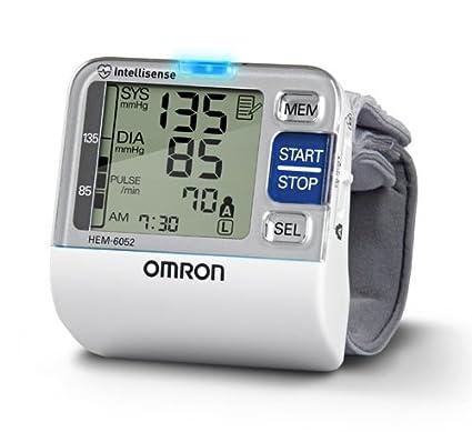 Wrist Blood Pressure Monitor – Tensiómetro de muñeca Omron de 7 Series 7 Series Omron