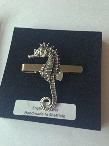 C12Hippocampe en étain anglais emblème sur une pince à cravate (diapositive) fait à la main à Sheffield Livré avec prideindetails Boîte Cadeau