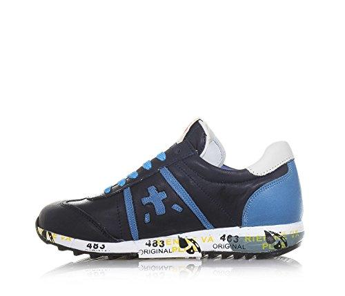 ... PREMIATA - Blauer Schuh mit Schnürsenkeln aus Leder, hellblaue  Einsätze, auf der Zunge ein ... f77dda59c6