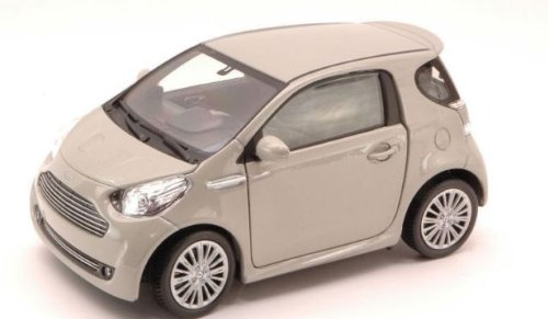 Welly Collection 1:24 Aston Martin Cygnet Diecast Model Car - Silver