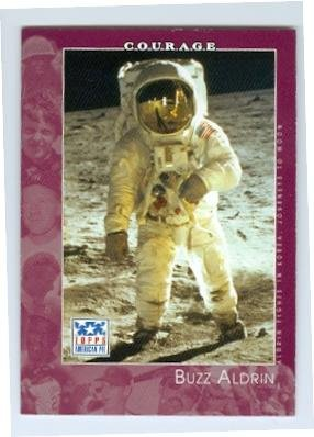 Buzz Aldrin trading card (Astronaut Walked on Moon) 2001 Topps #88 American Pie ()
