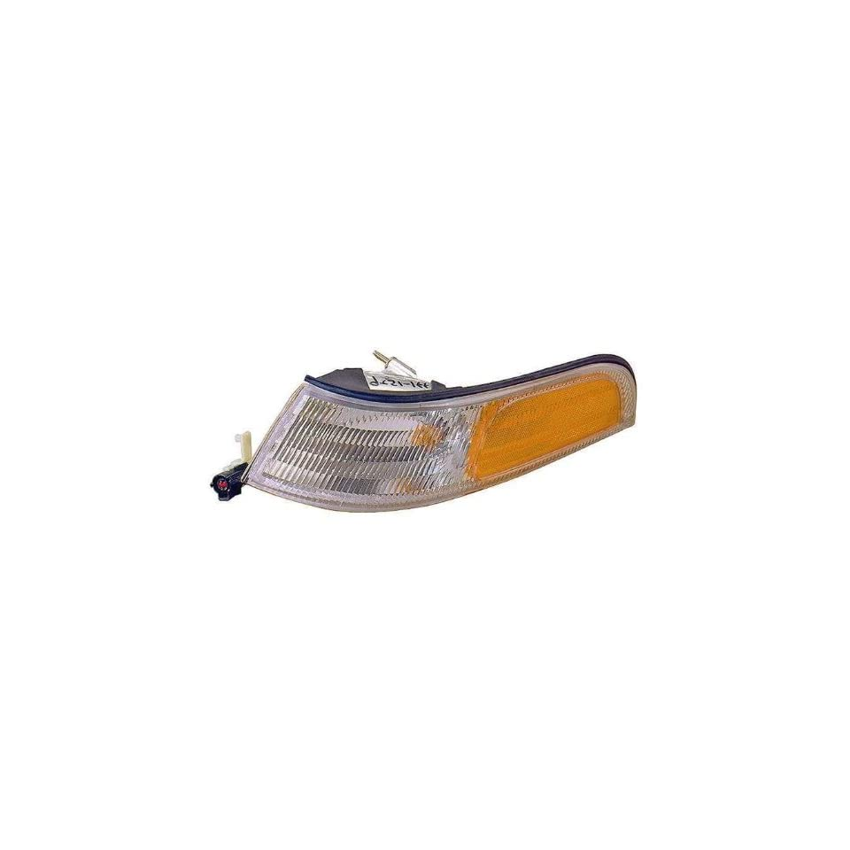 Depo 331 1526R US Ford Crown Victoria Passenger Side Replacement Parking/Side Marker Lamp Unit
