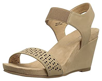 Amazon Com Cl By Chinese Laundry Women S Tatum Wedge Sandal Nude Gore 11 M Us