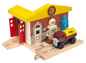 Thomas the Tank Engine & Friends Wooden Railway - Sodor Service Station