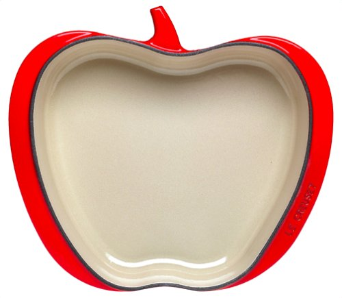 Le Creuset L 2155-01 Red Apple Baking Dish 2-qt. by Le Creuset