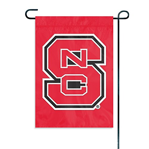 Party Animal NCAA North Carolina State Wolfpack Garden Flag