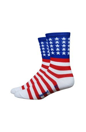 DEFEET Aireator USA with Stars and Bars 5 Cuff Socks, Red/White/Blue, Medium
