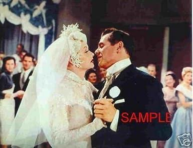 LUCILLE BALL DESI ARNAZ 8x10 Photo WEDDING KISS I LOVE LUCY