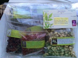 (Herb Collection 7 ~ Wicca ~ 7 Dried Herbs ~ Ravenz Roost Herbs with Special Info on Most Labels ~ Kitchen ~ Rituals ~ 1/2 oz ea ~ Shipped in a Small box)