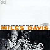 Miles Davis: Volume 1 by Miles Davis (2001-07-17)