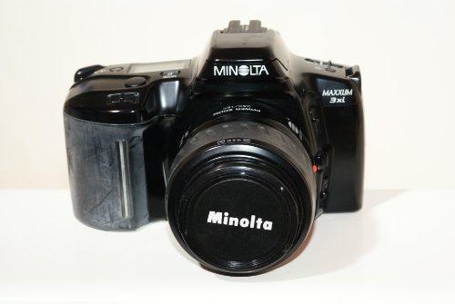 Minolta Maxxum Dynax Auto Focus 3xi SLR camera body with 35-