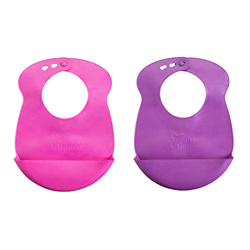 Price comparison product image Tommee Tippee Easi-Roll Bib, Pink and Purple/Pink and blue, 2 Count, Colors may vary