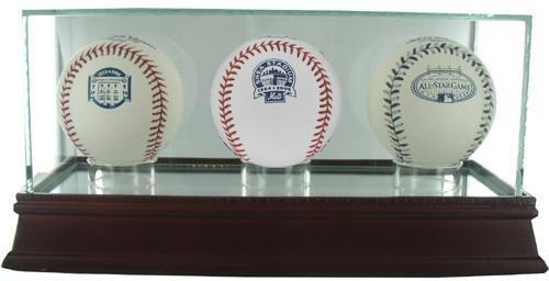 (Glass Triple Baseball Case (o))