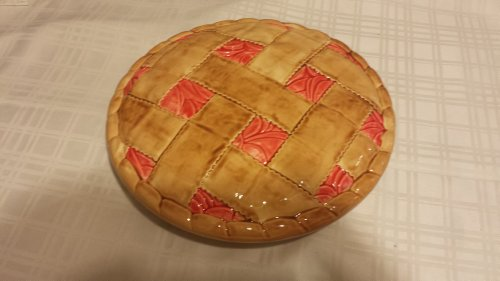 Apple Pie Dish With form fitting lid