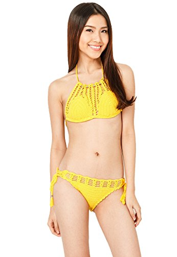 minh-sunny-delight-high-neck-crochet-bikini-set