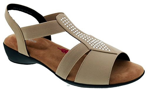 Ros Hommerson Mellow - Women's Casual Comfort Shoe: Sand/Stretch 8 X-Wide (2E) Slip-on