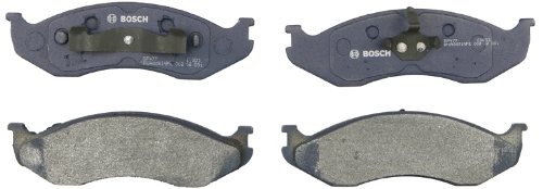 Bosch BP477 QuietCast Premium Semi-Metallic Disc Brake Pad Set For: Jeep Cherokee, Comanche, Grand Cherokee, Grand Wagoneer, TJ, Wagoneer, Wrangler, Front
