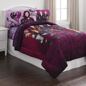 Disney Descendants Group Cast Image Comforter - Twin Size