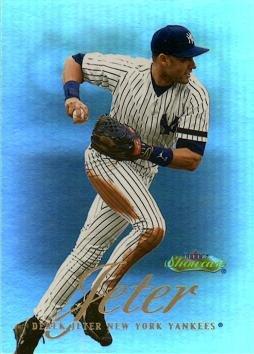 2000 Fleer Showcase 2 Derek Jeter Baseball Card - Near Mint to Mint