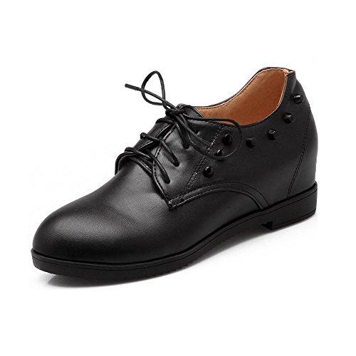 AllhqFashion Damen Mittler Absatz Eingelegt Schnüren Weiches Material Rund Zehe Pumps Schuhe Schwarz