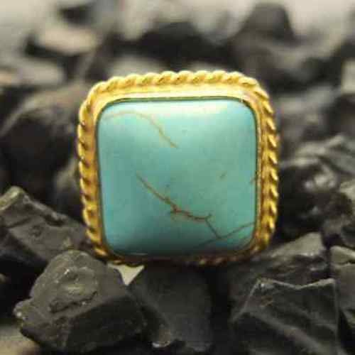 Ancient Design Handmade Hammered Square Turquoise Ring 22K Gold over 925 Sterling Silver ()