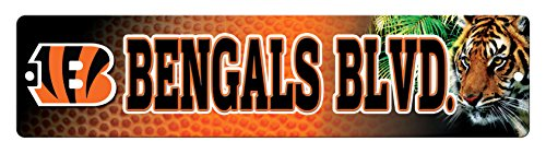 NFL Cincinnati Bengals 16-Inch Plastic Street Sign Décor