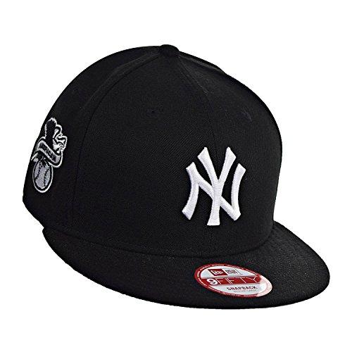8b8b253cda6 New Era New York Yankees Baycik 9Fifty Men s Snapback Hat Cap Black White  11085748