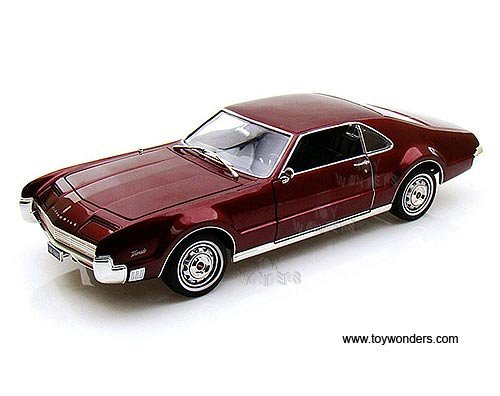carautoveh 92718bg Yatming - Oldsmobile Toronado Hard Top (1966, 1:18, Burgundy) 92718 Diecast Car Model Auto Vehicle Die Cast Metal Iron Toy Transport