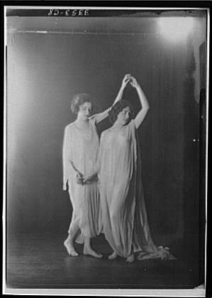 Fatal Frame V Costumes (Photo: Gunn,Sybil,another dancer,women,clothing,costumes,fabric,Arnold Genthe,1920)