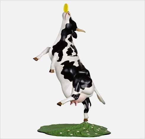 CowParade New York Daisy s Dream 8 Hand-Painted Resin Cow Figurine