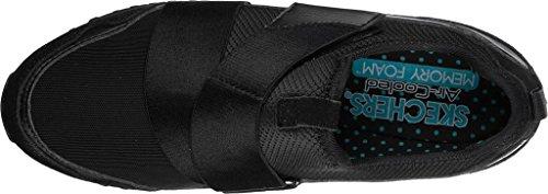 Snechers Women's OG 78 Polkadot Jaunt Slip-On Sneaker, Nero