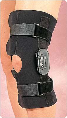Rolyan Hinged Knee Wrap 3/16(4.8mm) Thick Size: Medium, Knee Circumference: 14-15 (36-38cm) by Rolyn Prest B07CKQHSVK
