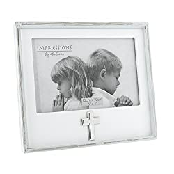Oaktree Gifts White Wooden Cross Icon Photo Frame 6 x 4