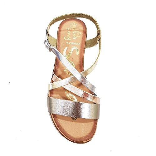Sandalia plata multicolor. Tiras empeine. Talla 37