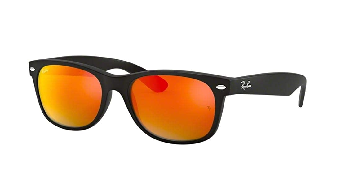 7a43e103713ab Amazon.com  Ray-Ban RB2132 New Wayfarer Flash Series Unisex Sunglasses (Rubber  Black Frame Green Mirror Lens 622 19