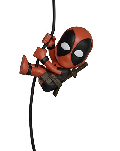 "NECA Scalers Characters Wave 5 ""Deadpool"" Toy, 2"""