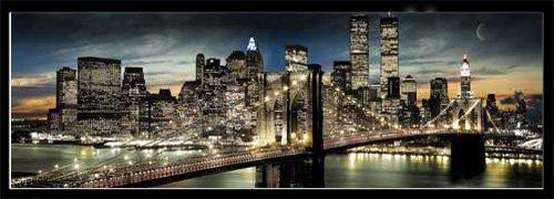 Empireposter - New York - Night & Moon Version 2 - Größe (cm), ca. 158x53 - Türposter + Wechselrahmen der Marke Shinsuke Maxi aus Kunststoff Schwarz - mit Acrylglas-Scheibe.