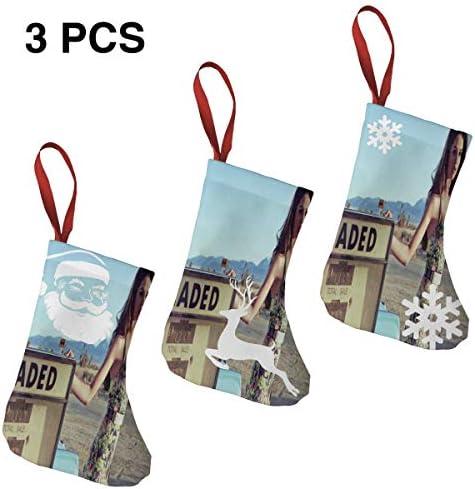 クリスマスの日の靴下 (ソックス3個)クリスマスデコレーションソックス セレナ ゴメスSelena Gomez クリスマス、ハロウィン 家庭用、ショッピングモール用、お祝いの雰囲気を加える 人気を高める、販売、プロモーション、年次式